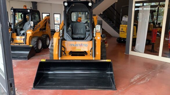 Front Skid Steer Loader Mustang 2600 R Mazzuoli Group